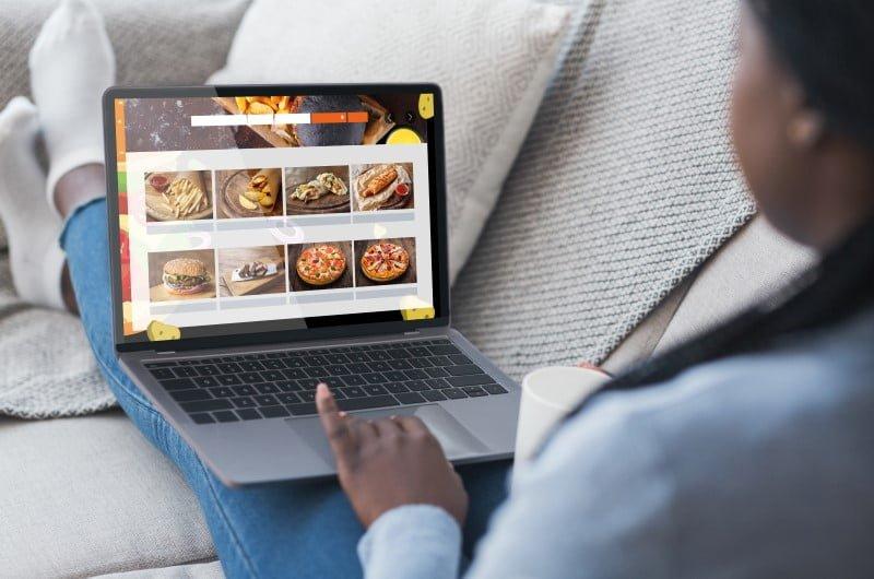FOOD AND TRAVEL WEBSITE: Membuat Konten dengan Hobby!